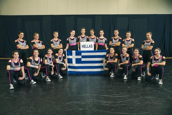 Παγκόσμιες διακρίσεις για το «ελληνικό» Cheerleading (pics)   F5.TEAM PHOTO JUNIOR HIP HOP AMAZONS GREECE
